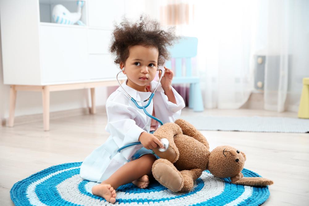 dr. combs hemet patient toddler on floor stethoscope